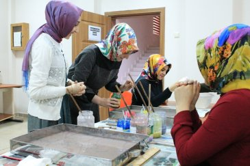 Narman'da Ebru kursuna büyük ilgi