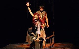 Ödüllü tiyatrocu Erzurum'da sahne alacak
