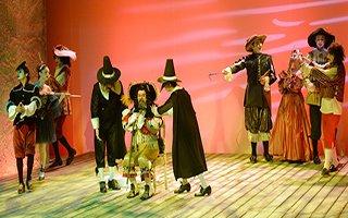 Erzurum DT'de Vali Memiş'i büyüleyen oyun