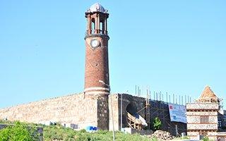 Tarihi Saat Kulesi Dinleme Testini Geçti