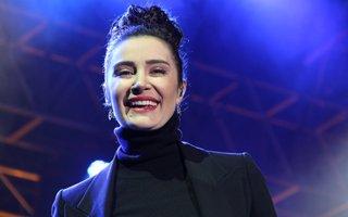 Ünlü Şarkıcı Sıla'dan muhteşem konser