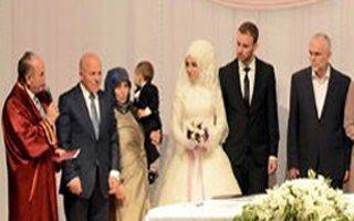 Sekmen'in kızının nikahını Topbaş kıydı!