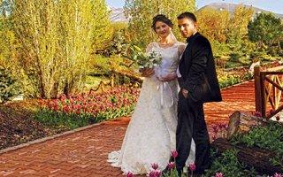 Eşini alan düğün öncesi bu parka koşuyor