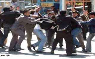 Dünürlenin sokak savaşı: 6 yaralı