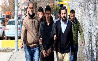 Uyanık vatandaş dolandırıcıları suçüstü yakalattı