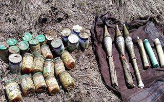 Karayazı'da PKK'nın cephaneliği ele geçirildi