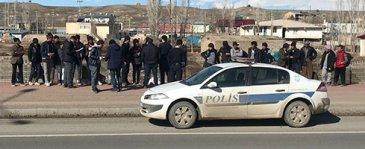 Mültecileri İstanbul diye Horasan'a bıraktılar
