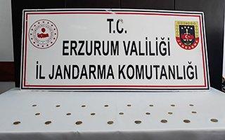 Erzurum'da 23 altın sikke ele geçirildi