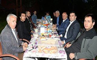 Vali Azizoğlu Şehit yakınlarıyla iftar sofrasında