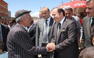 Ahmet Küçükler Karayazı'da!