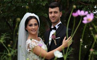 ABD'den gelip Oltu'da düğün yaptılar