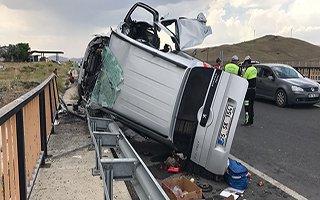 Taziyeye giden aile kaza yaptı: 3 ölü
