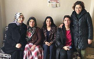 Bayan Azizoğlu'ndan okuma yazma seferberliği
