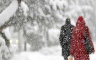 Kar, Erzurum'dan ayrılamıyor...