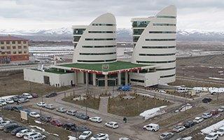 Erzurum Sağlık Müdürlüğü yeni binasına taşındı