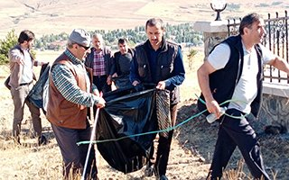 Engelliler Meclisinden çevreyi temizleme etkinliği