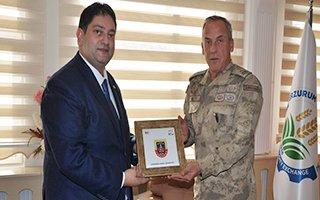 Okyar Paşadan Başkan Hakan Oral'a ziyaret
