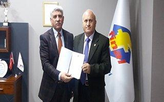 Geliri TSK Mehmetçik Vakfına bağışladılar