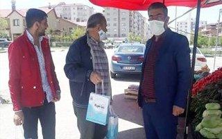 Büyükşehir'den vatandaşlara hijyen seti