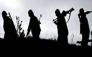 PKK'lı teröristler 4 askeri kaçırdı