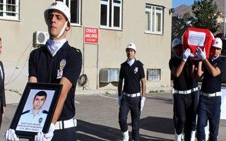 Şehit Polis memleketi Kars'a gönderildi