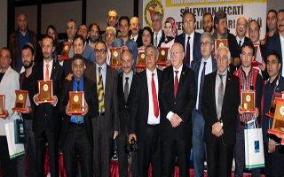 DAGC Başarılı Gazetecileri Ödüllendirdi
