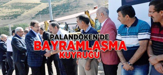 Başkan Bulutlar personeli ile bayramlaştı
