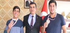 Şampiyon çocuklar Erzurum'un gururu