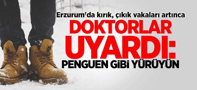 Karlı ve buzlu yolda penguen gibi yürüyün