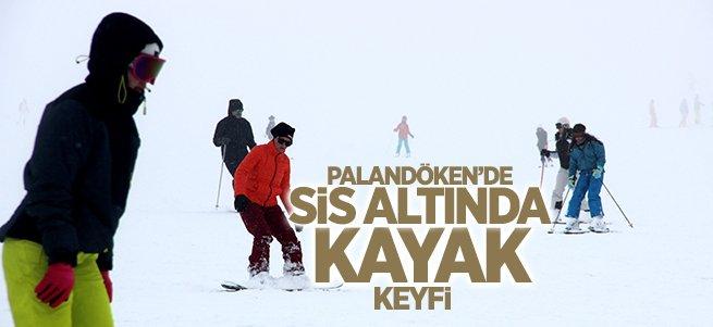 Palandöken'de sis altında kayak keyfi