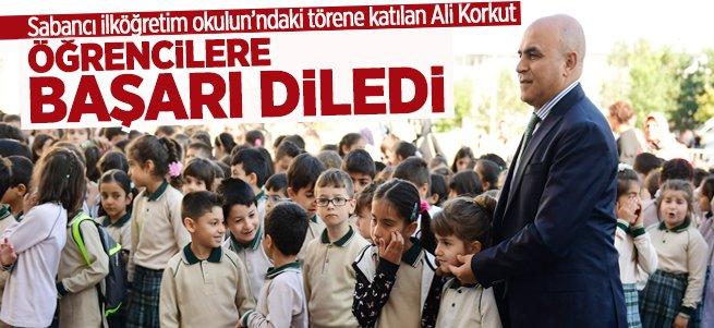 Ali Korkut, öğrencilere başarı diledi...