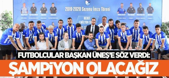 Futbolcular Başkan'a şampiyonluk sözü verdi