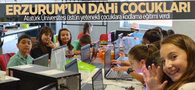 Dahi çocuklara kodlama eğitimi verildi