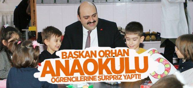 Başkan Orhan minik öğrencilere sürpriz yaptı!