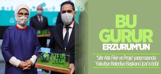 Başkan Uçar'a ''Sıfır Atık Fikir ve Proje'' ödülü